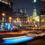 EKONOMIKA: Rusko do krize neupadá, ale odolává kolapsu