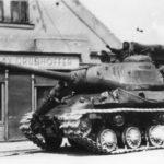 ODTAJNĚNO: Rudá armáda ve dnech po konci války zásobovala Pražany jídlem