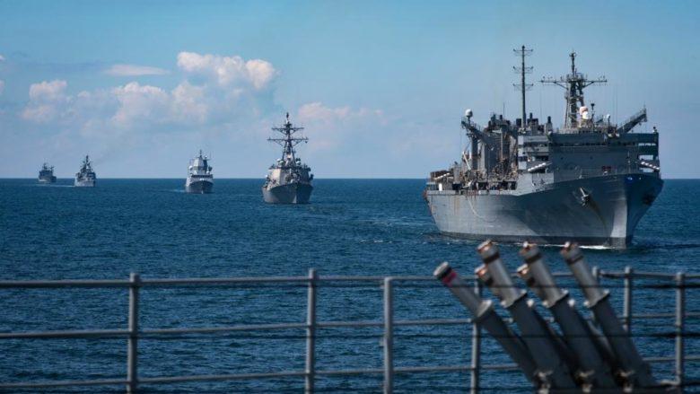 Vojenské cvičení NATO v Baltském moři; Foto: Twitter U.S. Navy