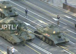 ŽIVĚ/VIDEO: Vojenská přehlídka v Moskvě k 75. výročí vítězství ve druhé světové válce