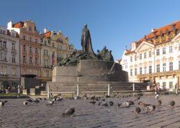 Pražské Staroměstské náměstí; Foto: Tadeáš Gregor / Wikimedia Commons