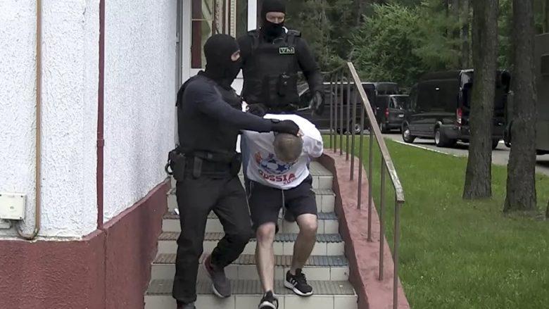 Zadržení ruských občanů v Bělorusku; Foto: Běloruská tajná služba