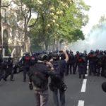 VIDEO: Žluté vesty po měsících vyšly do ulic, zadrženo bylo 193 lidí. Západ mlčí