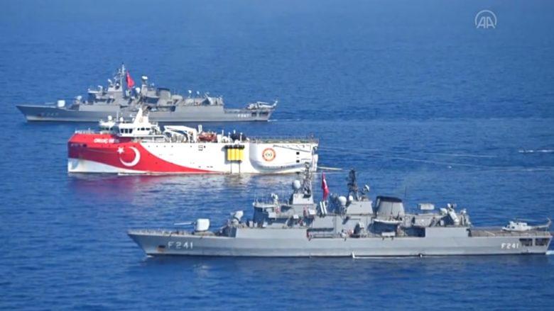Turecké lodě ve Středozemním moři; Foto: Repro Agentura Anadolu