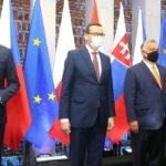 V4: V Bělorusku se nesmí opakovat ukrajinský scénář. Epidemiologové spolu nemluví