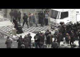 VIDEO: Protivládní demonstrace v Praze se zvrhla v bitky s policií