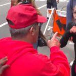 VIDEO: V New Yorku došlo ke rvačce mezi stoupenci prezidenta Trumpa a jeho odpůrci