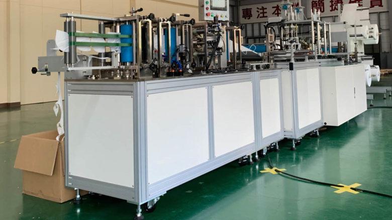 Výrobní linka na roušky a respirátory; Foto:  Autoland Technology