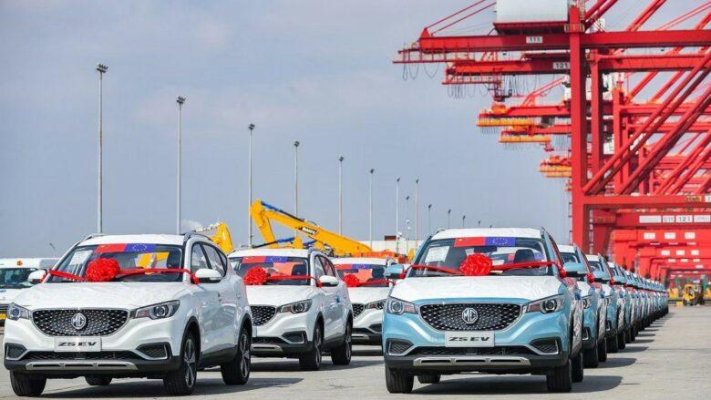 Čínské elektromobily připravené na cestu do Evropy; Foto: SAIC