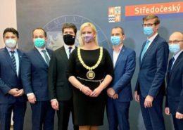 Představitelé nového vedení Středočeského kraje; Foto: profil Petry Peckové na sociální síti