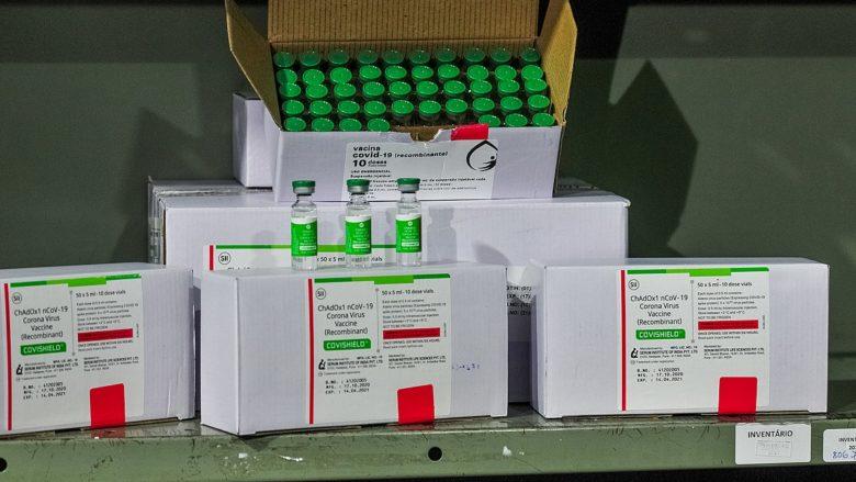 Vakcíny firmy AstraZeneca; Foto: Agência Brasília / Wikimedia Commons