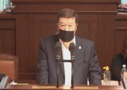 Předseda SPD Tomio Okamura při projevu ve sněmovně; Foto: repro Česká televize