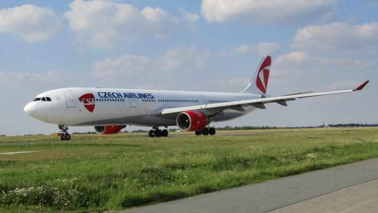 Airbus A330-300 Českých aerolinií; Foto: Lukáš Musil / Wikimedia Commons