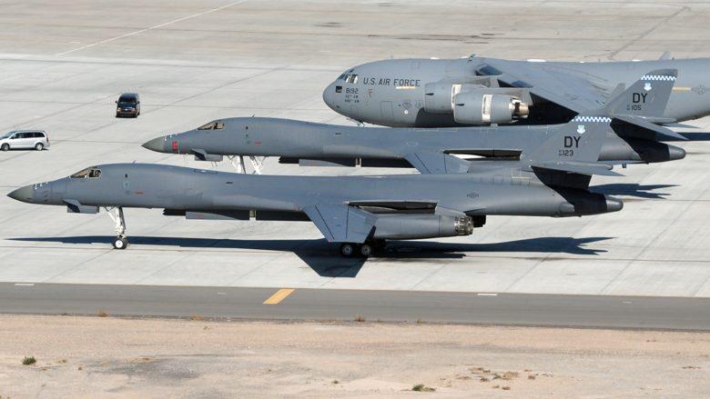 Americké strategické bombardéry Rockwell B-1B Lancer; Foto: Letectvo Spojených Států / Wikimedia Commons