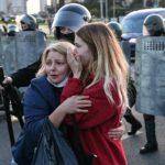 BĚLORUSKO: Při demonstraci v Brestu zadrželi opilého demonstranta se sekerou