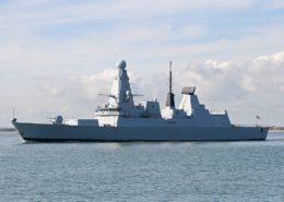 Britský torpédoborec třídy Daring; Foto: Brian Burnell / Wikimedia Commons