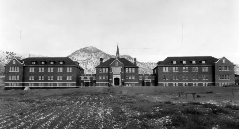 Internátní škola v Kamloops v Kanadě; Foto: Wikimedia Commons