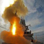 Rusko vypálilo VÝSTRAŽNÉ STŘELY vůči britské lodi kvůli narušení jeho výsostných vod