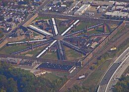 Areál vězení ve městě Holmesburg v USA; Foto: Marduk / Wikimedia Commons