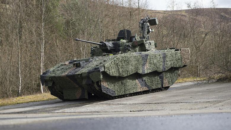 Obrněný transportér pro britskou armádu Ajax; Foto: Andrew Linnett / Wikimedia Commons