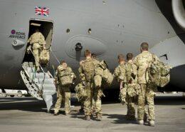 Britští vojáci opouštějí Afghánistán; Foto: Corporal Andrew Morris (RAF) / Wikimedia Commons