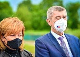 Alena Schillerová a Andrej Babiš (oba ANO); Foto: Profil A. Babiše na sociální síti