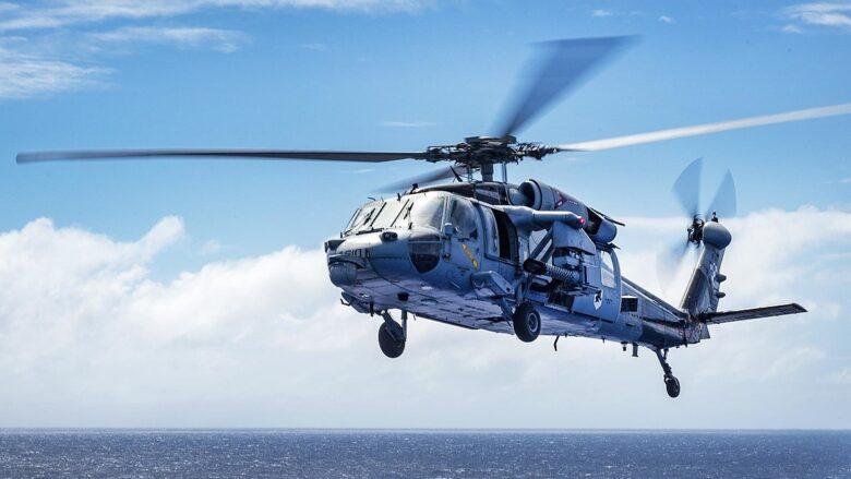 Vrtulník MH-60S Seahawk; Foto: Ministerstvo obrany USA, Seaman Jake Cannady / Wikimedia Commons